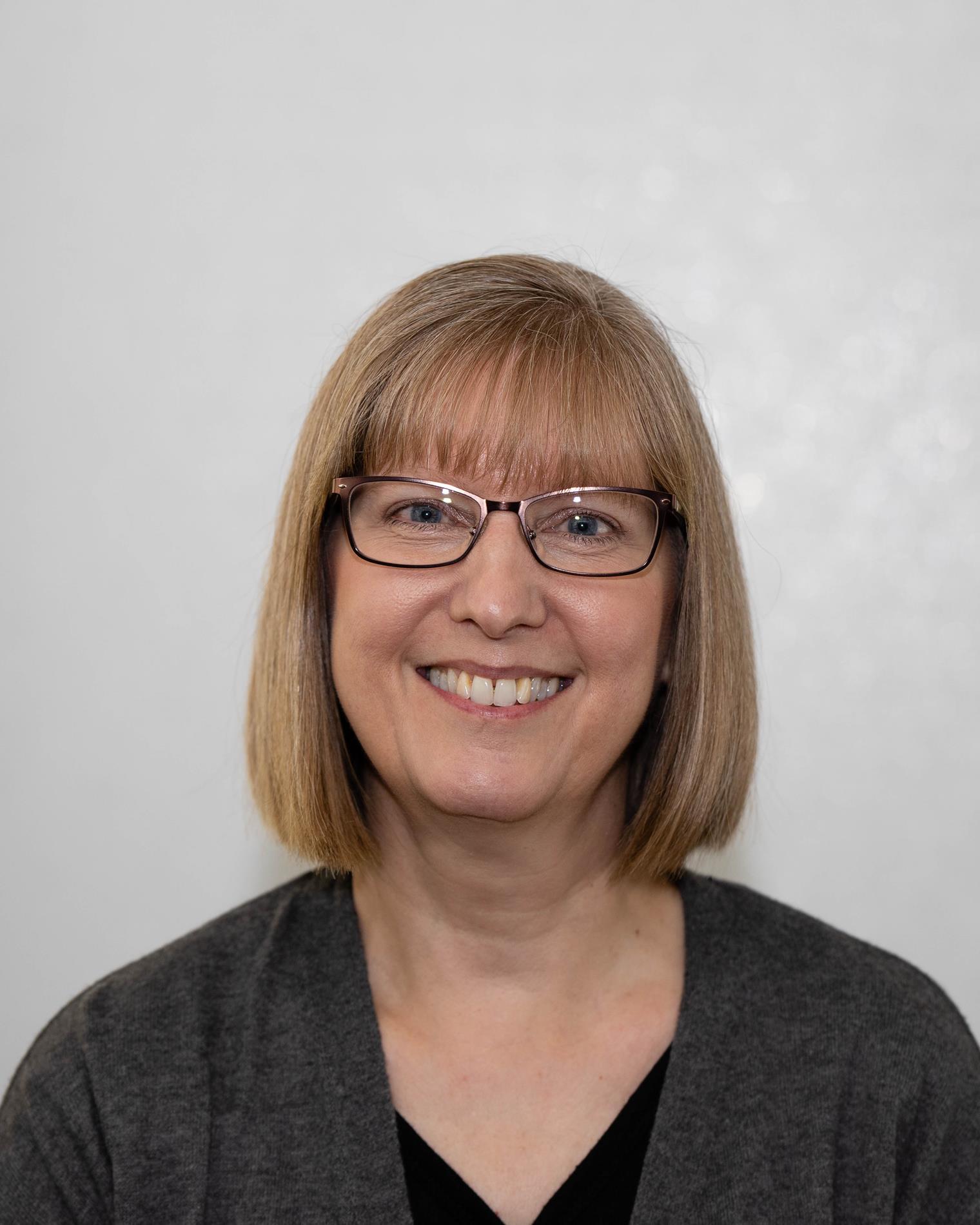 Suzanne Hinrichs