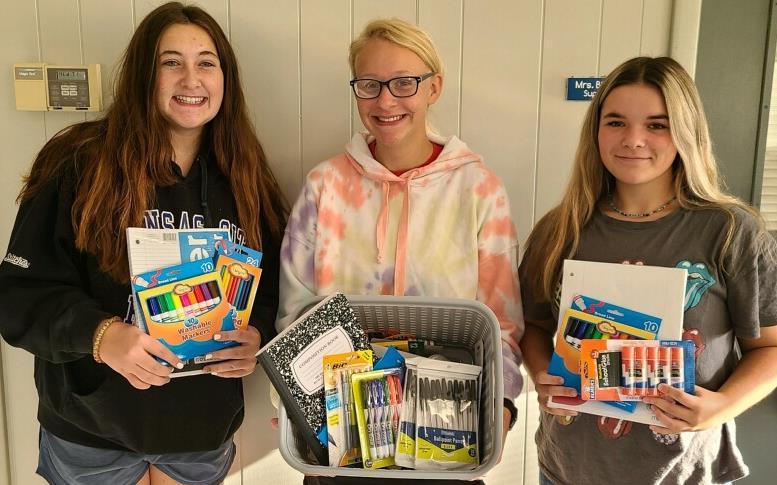Hamilton Bank donates supplies
